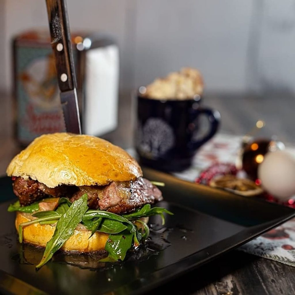 Babary Duck Burger